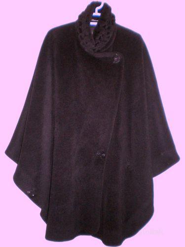 Продам пальто-пончо бу 1сезон в отличном состоянии.  Размер 46-48.
