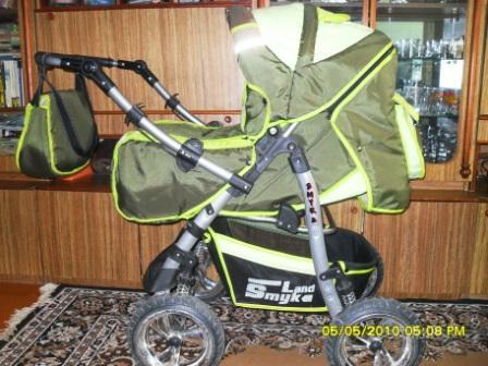 Продается детская коляска, 4 положения спинки, дождевик, сумка, люлька.