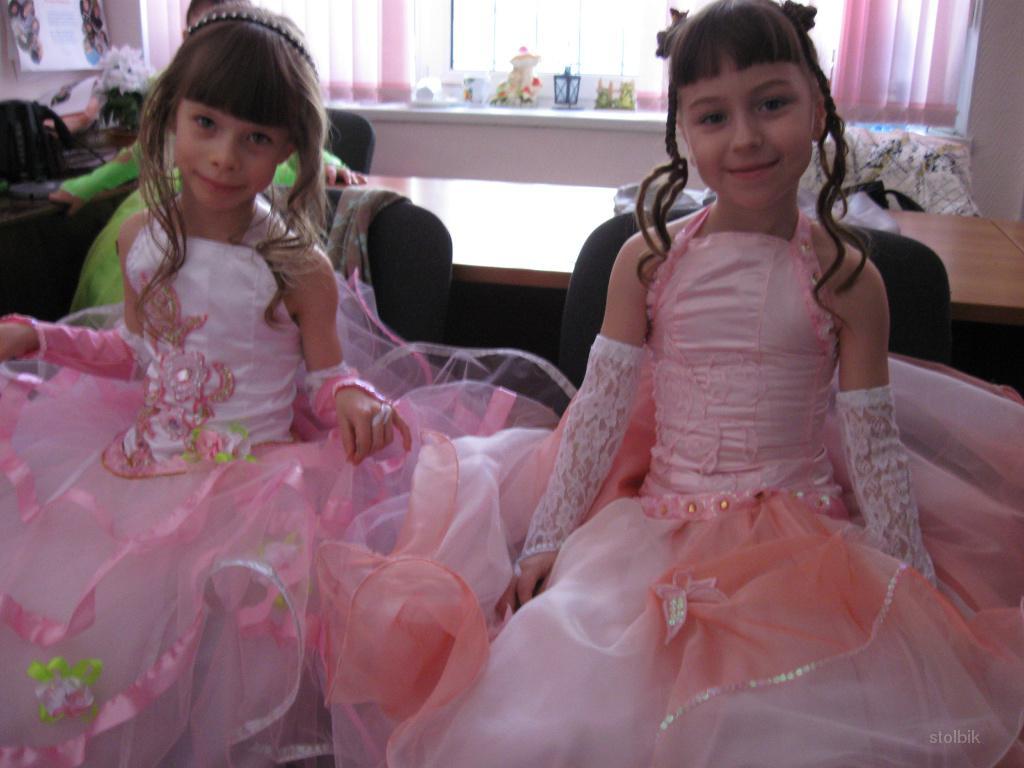 Как сшить пышное детское платье своими руками фото 883