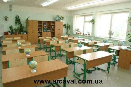 ...комплекты (столы и стулья); аудиторную мебель (парты и скамьи...