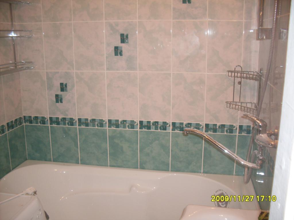 Как положить плитку вокруг ванной своими руками