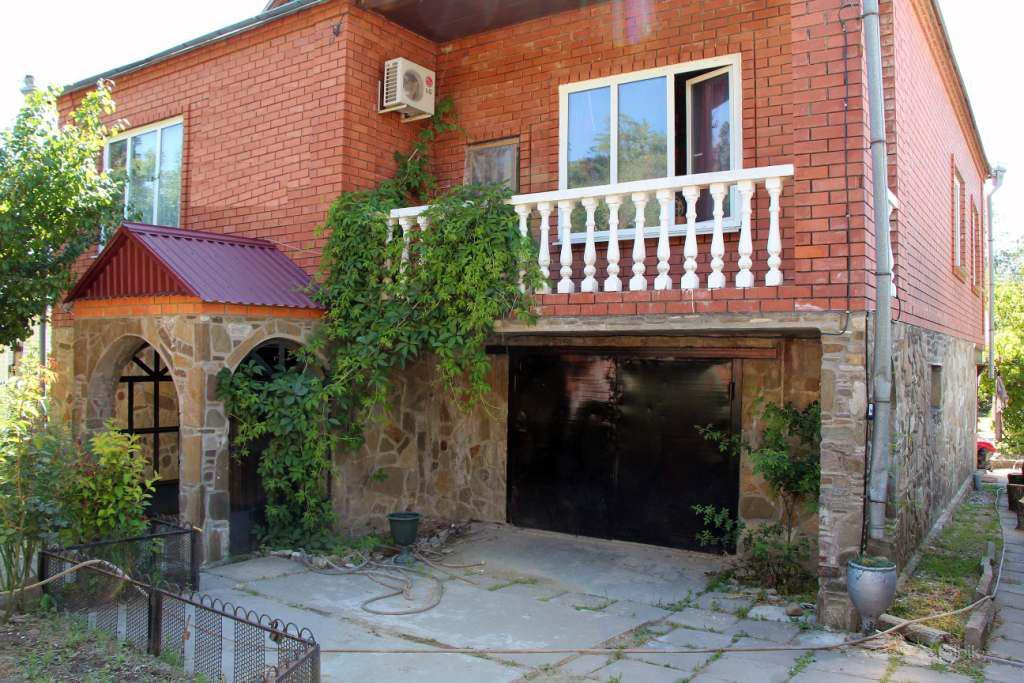 Una casa con una trama vicino al mare a Orbetello vendita a buon mercato