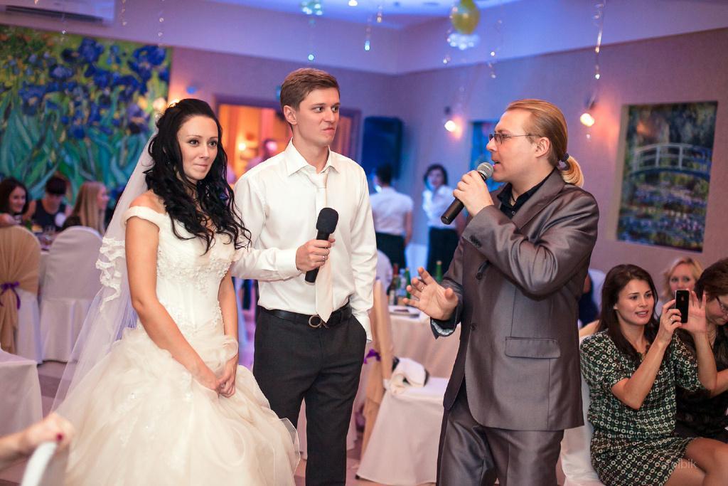 Ведущие на свадьбу михаил