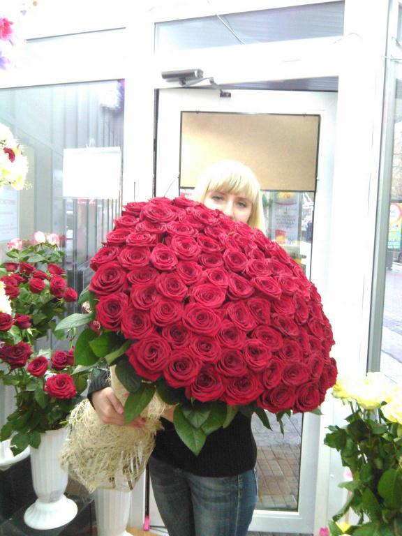 Букет из 101 розы цена в ростове